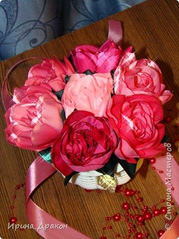 Вазочка с цветами из лент фото 3