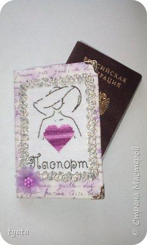 Мои рукоделочки. Обложки для паспорта с вышивкой крестиком и бисером фото 12
