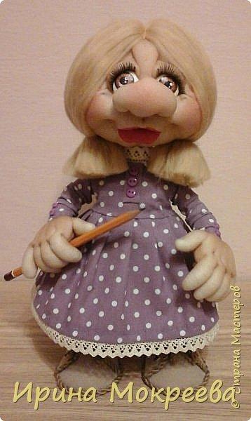 Вторая девочка- подарок с карандашом,наверное что-то будет чертить. фото 1
