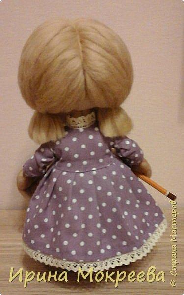 Вторая девочка- подарок с карандашом,наверное что-то будет чертить. фото 4