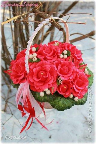 Девочки! Дорогие мои, красавицы-рукодельницы! С наступающим вас!!! Желаю каждой из вас нескончаемого счастья, любви!  Пусть каждый день будет наполнен только положительными эмоциями,  новыми  впечатлениями и яркими открытиями!  Снова начинается весна! Календарь улыбками расцвечен. Мартовская почта принесла  Поздравленья для любимых женщин. Автор Петр Давыдов фото 10