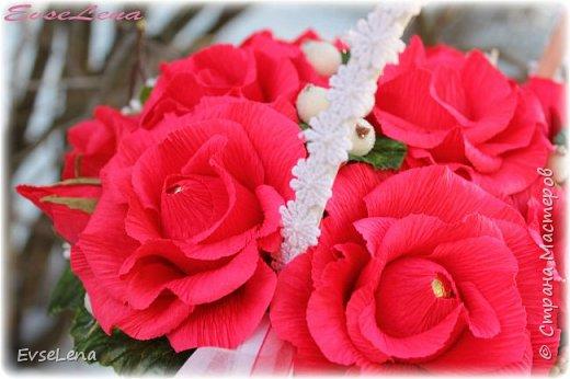 Девочки! Дорогие мои, красавицы-рукодельницы! С наступающим вас!!! Желаю каждой из вас нескончаемого счастья, любви!  Пусть каждый день будет наполнен только положительными эмоциями,  новыми  впечатлениями и яркими открытиями!  Снова начинается весна! Календарь улыбками расцвечен. Мартовская почта принесла  Поздравленья для любимых женщин. Автор Петр Давыдов фото 11