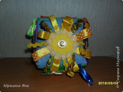Всем добрый вечер. Сегодня хочу показать развивающий кубик для племянника. Делала впервые, долго собиралась с мыслями, смотрела идеи в СМ, и... под вдохновением сотворила это...!!!))) фото 7