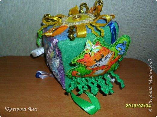 Всем добрый вечер. Сегодня хочу показать развивающий кубик для племянника. Делала впервые, долго собиралась с мыслями, смотрела идеи в СМ, и... под вдохновением сотворила это...!!!))) фото 13