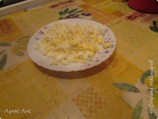 Всем привет сегодня я вам покажу как приготовить такой салат ,,Крабовая экзотика ,,  Этот салат можно подарить маме на 8-ое марта!!! фото 7