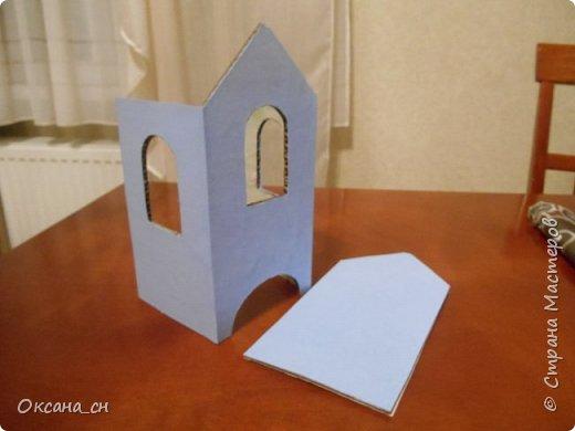 Здравствуйте Мастера и Мастерицы! Хочу поделиться новым изделием и небольшим МК. Когда пришла идея создать домик для чайных пакетиков, я стала искать в интернете идеи для оформления. Сколько прекрасных домиков я видела!  Я предложила своим ученицам создать такой домик в подарок маме к 8 Марта - прекрасная и полезная поделка для кухни. Спасибо Марине за идею оформления http://stranamasterov.ru/node/349655. Очень мне понравился её домик и я попробовала сотворить подобное. фото 2