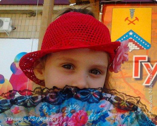 """Еще одна шляпка для дочери. Нитки """"Ирис"""". В серединке шляпки дырокчка для хвостика. фото 1"""