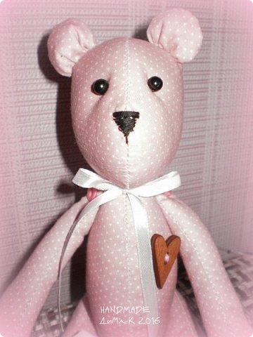 Всём жителям СМ, и гостям моего блога большой привет! Сегодня я к вам с необычным для меня изделием, игрушкой в стиле тильда. У нас в лицее открылся кружок по рукоделкам, вот там этот малыш и родился! Знакомьтесь романтик Эдвард!  фото 3