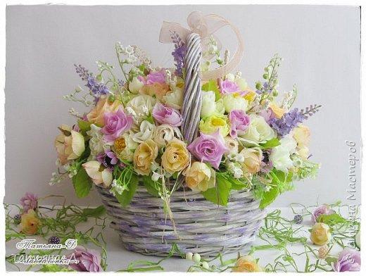 Корзиночка с весенней композицией была создана к празднику 8 марта по заказу,для подарка. Очень старалась сохранить светлые,нежные краски,яркий цвет молодой листвы... Очень хорошо в таком случае использовать ландыши,сразу понятно,что речь в композиции идёт о весне!!!  Всем,всем желаю приятного просмотра,и радостного,весеннего настроения!!! фото 3
