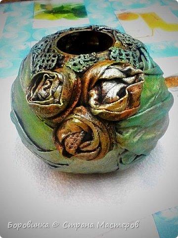 Всем доброго дня! Представляю продолжение серии ваз из стеклянных бутылок и папье маше. Но этот кувшин : гипс на воздушном шарике по МК Любови Подолинной. фото 7