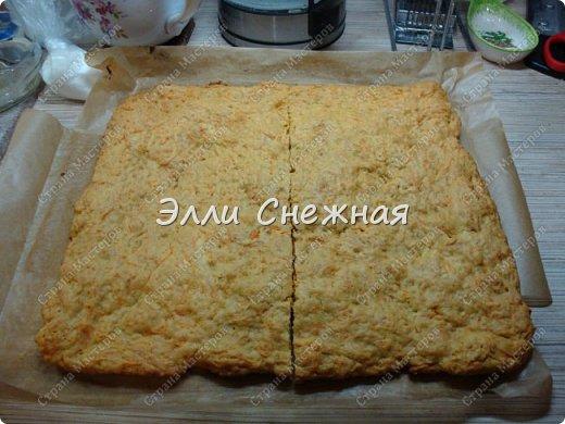 Захотелось к чаю чего нибудь необычного - надоели бисквитные торты со взбитыми сливками. И тут я вспомнила рецепт замечательного морковного торта, который я записала более 30 лет назад. Одноклассница угостила вкуснющим тортиком, а заодно и рецептом поделилась. А сегодня я делюсь с вами. фото 8