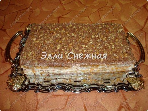 Захотелось к чаю чего нибудь необычного - надоели бисквитные торты со взбитыми сливками. И тут я вспомнила рецепт замечательного морковного торта, который я записала более 30 лет назад. Одноклассница угостила вкуснющим тортиком, а заодно и рецептом поделилась. А сегодня я делюсь с вами. фото 11
