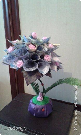 """Приветствую всех жителей страны!!! Хочу продемонстрировать вам своё новое денежное дерево,только решила его дополнительно """"обогатить"""" розами из фома.  фото 1"""