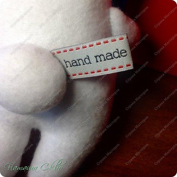 """Всем доброго времени суток! Недавно хвалилась своими ЗУДно- наХлыми котами (живут кошачьи здесь- http://stranamasterov.ru/node/998751)... А сегодня- моя очередная """"хотелка"""". Эта игрушка- примитив с названием """"Polar Bear Boris"""" попалась мне в Инете, поняла, что ОЧЕНЬ- ОЧЕНЬ- ОЧЕНЬ хочу себе Бореньку! фото 9"""
