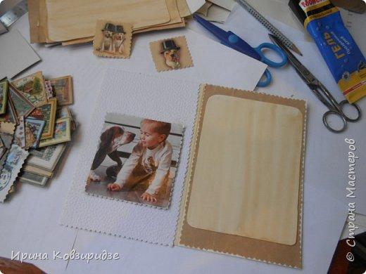 """Закончилась скрапбумага и нет многого другого, что нужно для создания открытки, а творить то хочется. Я делаю так, как покажу вам сейчас. Да простят меня Мастера - знатоки скрапбукинга! Я беру всё, что есть под рукой. Такую открытку я сделала сегодня. """"Собачки"""" - моя любимая тема. Тема возникла сама мо себе в процессе работы. фото 17"""