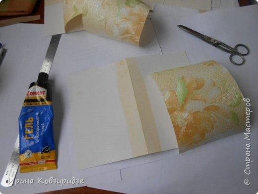 """Закончилась скрапбумага и нет многого другого, что нужно для создания открытки, а творить то хочется. Я делаю так, как покажу вам сейчас. Да простят меня Мастера - знатоки скрапбукинга! Я беру всё, что есть под рукой. Такую открытку я сделала сегодня. """"Собачки"""" - моя любимая тема. Тема возникла сама мо себе в процессе работы. фото 7"""