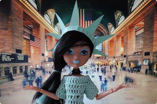 """Та-дам!!! У нас новое путешествие! Моей Мяте стало скучно и она решила отправиться в Нью-Йорк, один из крупнейших городов США, чтобы так сказать """"освежиться"""":D)) Ну, вообще это работа на конкурс... Но, ладно не буду вас больше мучать, дальше будет говорить Минт(т.е. Мята по-русски).  ___________________________________________________________________________________________________________  - Итак, Сегодня мы с Sea покажем вам Нью-йорк! Let`s Go! фото 2"""