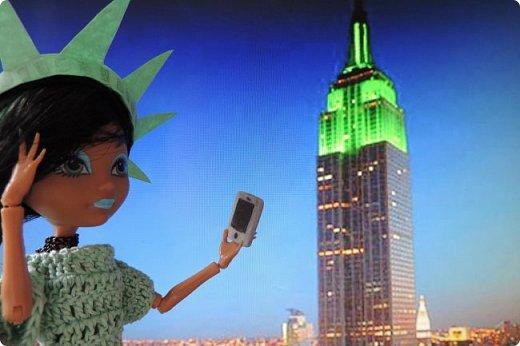 """Та-дам!!! У нас новое путешествие! Моей Мяте стало скучно и она решила отправиться в Нью-Йорк, один из крупнейших городов США, чтобы так сказать """"освежиться"""":D)) Ну, вообще это работа на конкурс... Но, ладно не буду вас больше мучать, дальше будет говорить Минт(т.е. Мята по-русски).  ___________________________________________________________________________________________________________  - Итак, Сегодня мы с Sea покажем вам Нью-йорк! Let`s Go! фото 7"""