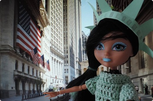 """Та-дам!!! У нас новое путешествие! Моей Мяте стало скучно и она решила отправиться в Нью-Йорк, один из крупнейших городов США, чтобы так сказать """"освежиться"""":D)) Ну, вообще это работа на конкурс... Но, ладно не буду вас больше мучать, дальше будет говорить Минт(т.е. Мята по-русски).  ___________________________________________________________________________________________________________  - Итак, Сегодня мы с Sea покажем вам Нью-йорк! Let`s Go! фото 5"""