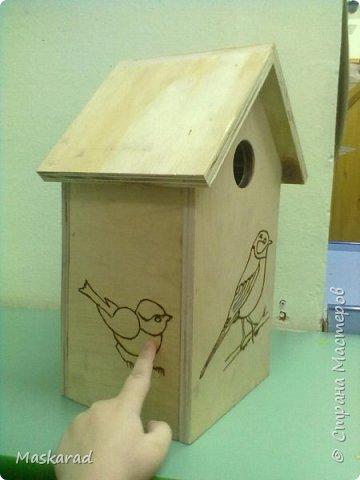 вот такой сквореник, наш папа сделал ребенку в сад. материал фанера, трафареты птиц взяза с просторов необъятного интернета фото 3