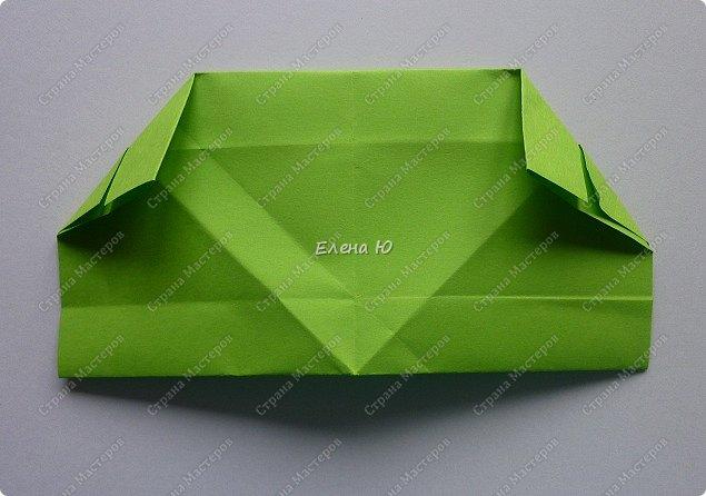 Предлагаю  смастерить очень простого  веселого лягушонка, пусть он себе квакает - поднимает настроение:) фото 11