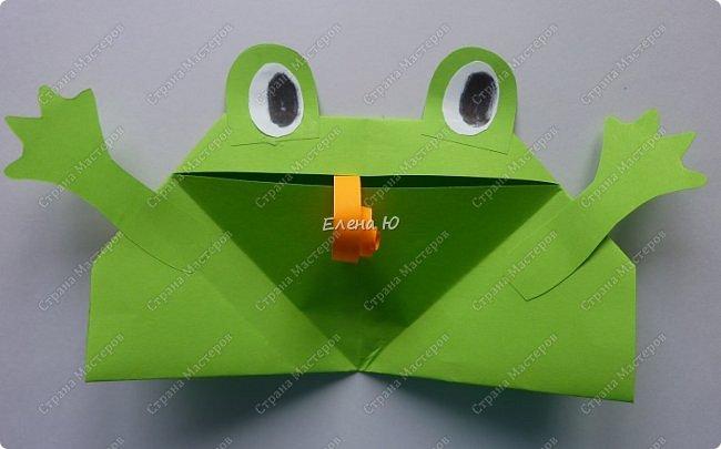Предлагаю  смастерить очень простого  веселого лягушонка, пусть он себе квакает - поднимает настроение:) фото 15