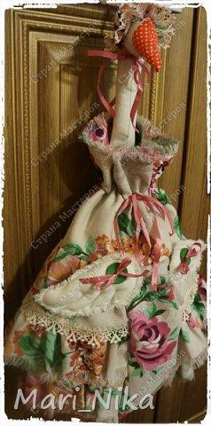 Зайце-Мания похоже безвозвратно вернула меня к швейной машинке, чем я конечно решила воспользоваться в преддверии женского праздника. В этом году решено не ломать голову с покупными (и что уж говорить не всегда удачными подарками), а потрудиться для своих любимых. В итоге народилось вот такое общество:  фото 3