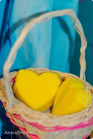 плитка массажная  пчелиный воск воск авокадо масло ши масло кокоса масло миндаля масло ромашки масло календулы  витамины а, е эфирные масло: жасмин, нероли фото 1