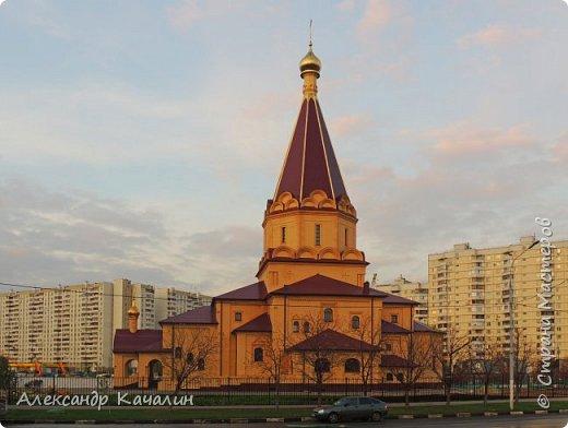 Церковь Усекновения Главы Иоанна Предтечи в Братеево (новая) фото 1