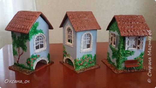 Здравствуйте Мастера и Мастерицы! Хочу поделиться новым изделием и небольшим МК. Когда пришла идея создать домик для чайных пакетиков, я стала искать в интернете идеи для оформления. Сколько прекрасных домиков я видела!  Я предложила своим ученицам создать такой домик в подарок маме к 8 Марта - прекрасная и полезная поделка для кухни. Спасибо Марине за идею оформления http://stranamasterov.ru/node/349655. Очень мне понравился её домик и я попробовала сотворить подобное. фото 17