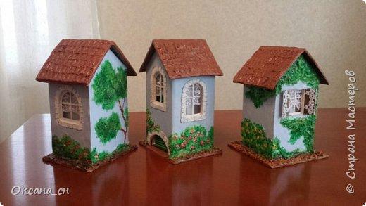 Здравствуйте Мастера и Мастерицы! Хочу поделиться новым изделием и небольшим МК. Когда пришла идея создать домик для чайных пакетиков, я стала искать в интернете идеи для оформления. Сколько прекрасных домиков я видела!  Я предложила своим ученицам создать такой домик в подарок маме к 8 Марта - прекрасная и полезная поделка для кухни. Спасибо Марине за идею оформления http://stranamasterov.ru/node/349655. Очень мне понравился её домик и я попробовала сотворить подобное. фото 19