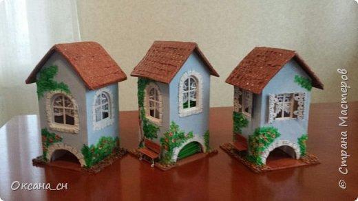 Здравствуйте Мастера и Мастерицы! Хочу поделиться новым изделием и небольшим МК. Когда пришла идея создать домик для чайных пакетиков, я стала искать в интернете идеи для оформления. Сколько прекрасных домиков я видела!  Я предложила своим ученицам создать такой домик в подарок маме к 8 Марта - прекрасная и полезная поделка для кухни. Спасибо Марине за идею оформления http://stranamasterov.ru/node/349655. Очень мне понравился её домик и я попробовала сотворить подобное. фото 18