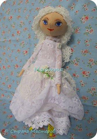 Давненько у меня не появлялись новые куколки.... И вот - знакомьтесь - Голубоглазая Девочка. Имени у нее пока нет, т.к. новая хозяйка сама даст ей имя.   Все подробности ниже. фото 6
