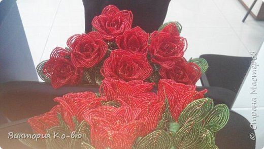 Все это было заказано на 8 марта в качестве подарков Розы плету все по-тому же принципу http://stranamasterov.ru/node/477210 фото 4
