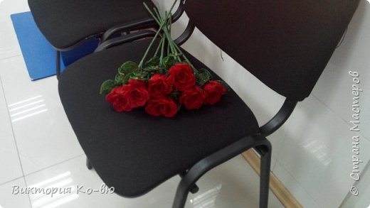 Все это было заказано на 8 марта в качестве подарков Розы плету все по-тому же принципу http://stranamasterov.ru/node/477210 фото 3