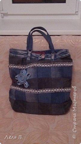 Для походом по магазинам и использования очередной партии старых ворчулькиных джинсов, была придумана вот такая вещеваая сумочка. фото 1