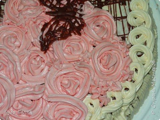 Дча моя любит печь тортики, Этот тортик испекла на 8 марта, завтра с ним к бабушке поедем фото 3