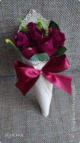 Кулек с конфетками в качестве подарка на 8 марта фото 2