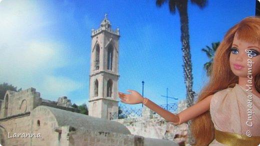 Всем привет! Сегодня мы с Николь расскажем о солнечном городе Лимассол. Этот город расположен в греческо-турецком острове Кипр. Именно на этом острове родилась из пены Афродита. Дальше рассказывать будет Николь. фото 2