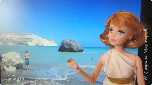 Всем привет! Сегодня мы с Николь расскажем о солнечном городе Лимассол. Этот город расположен в греческо-турецком острове Кипр. Именно на этом острове родилась из пены Афродита. Дальше рассказывать будет Николь. фото 6