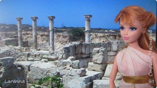 Всем привет! Сегодня мы с Николь расскажем о солнечном городе Лимассол. Этот город расположен в греческо-турецком острове Кипр. Именно на этом острове родилась из пены Афродита. Дальше рассказывать будет Николь. фото 5
