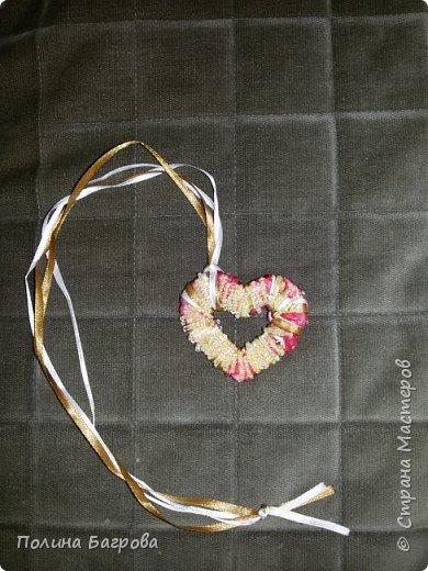 """Здравствуйте, сегодня представляю новую мою работу. Кулон """"Сердце розы"""" В конце кулон был обмотан проволокой с бисером, и все некрасивости сзади закрылись. фото 6"""