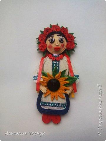 Здравствуйте, дорогие друзья, жители замечательной страны Мастеров!!!! Милые женщины, девушки, девочки!!!!!! От всего сердца хочу поздравить вас с этим прекрасным праздником весны, красоты и любви - с 8-м Марта!!!  Пусть ваша душа до краев наполнится светом, теплом и радостью от искренних пожеланий, нежных цветов, приятных подарков!!! Женщина - это самое прекрасное, что есть в этом мире, поэтому продолжайте и дальше делать его лучшим, принося добро и любовь в этот мир. Побольше улыбайтесь, ведь тем самым вы поднимаете настроение всем вокруг. Будьте всегда счастливыми, довольными, успешными, а главное - любимыми.  К этому чудесному празднику подготовила вот такие подарки!!! Решила сделать топиарии, чтобы они несли счастье и радость в дом!!! Писать много не буду.  Приятного просмотра!!!   фото 19