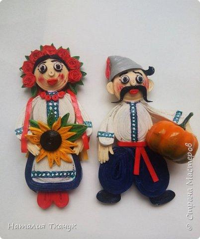 Здравствуйте, дорогие друзья, жители замечательной страны Мастеров!!!! Милые женщины, девушки, девочки!!!!!! От всего сердца хочу поздравить вас с этим прекрасным праздником весны, красоты и любви - с 8-м Марта!!!  Пусть ваша душа до краев наполнится светом, теплом и радостью от искренних пожеланий, нежных цветов, приятных подарков!!! Женщина - это самое прекрасное, что есть в этом мире, поэтому продолжайте и дальше делать его лучшим, принося добро и любовь в этот мир. Побольше улыбайтесь, ведь тем самым вы поднимаете настроение всем вокруг. Будьте всегда счастливыми, довольными, успешными, а главное - любимыми.  К этому чудесному празднику подготовила вот такие подарки!!! Решила сделать топиарии, чтобы они несли счастье и радость в дом!!! Писать много не буду.  Приятного просмотра!!!   фото 17