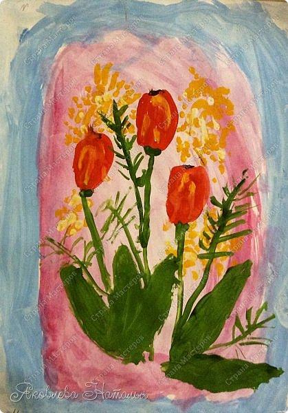 От всей души поздравляю всех женщин с весенним праздником 8 Марта!  Чтобы поздравить мам с этим прекрасным днём, мы со второклассниками нарисовали букеты тюльпанов по МК Ольги, но немного по-другому. Спасибо ей огромное за отличную идею! http://stranamasterov.ru/node/890841 Желаю приятного просмотра! фото 4