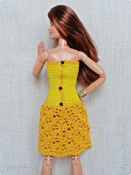 """""""Готовь сани летом"""" - это про нашу Эмму. Она любит всё планировать заранее. Вот и к отпуску она решила приготовиться уже сейчас. А мы ей в этом немного помогли.)))  Эмма собирается посетить небольшой курорт у моря. Для прогулок по городу у нее теперь есть яркое желтое платье-бандо и шляпка. фото 3"""
