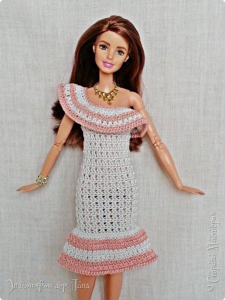 """""""Готовь сани летом"""" - это про нашу Эмму. Она любит всё планировать заранее. Вот и к отпуску она решила приготовиться уже сейчас. А мы ей в этом немного помогли.)))  Эмма собирается посетить небольшой курорт у моря. Для прогулок по городу у нее теперь есть яркое желтое платье-бандо и шляпка. фото 6"""