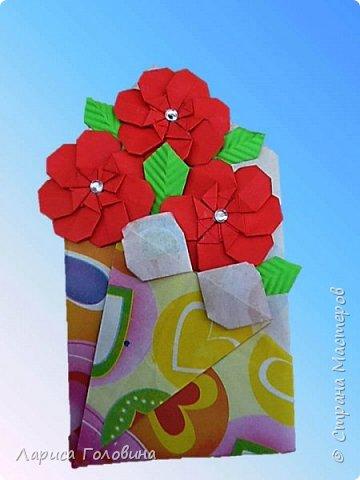 """Букетики мастерили с третьеклассниками. Упаковку мастерили по книге С. Соколовой, а цветы по книге Пудовой и Лежнёвой """"Легенды о цветах""""  фото 2"""