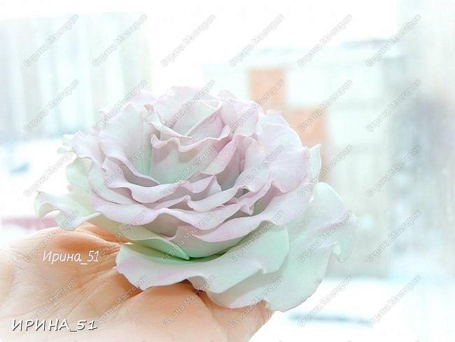 Здравствуйте! Как всегда я с цветами. ))))))   На душу уже весна, и в преддверии международного женского дня спешу поздравить всех милых дам с праздником!  Желаю Вам здоровья, счастья, удачи, творческого вдохновения, душевного тепла и доброты! Пусть у Вас всегда будет хорошее настроение! Мира и добра в вашим семьям!  А теперь приглашаю Вас к просмотру.  Первым покрасуется венок с ранункулюсами из корейского фоамирана. фото 20
