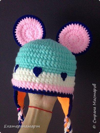 Вот какая получилась шапулька =) попросили связать =) моей доче так понравилась идея с сердечками =) думаю теперь что-то подобное связать дочечке =) фото 4